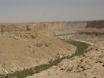 yemen.2007/valley.small.jpg